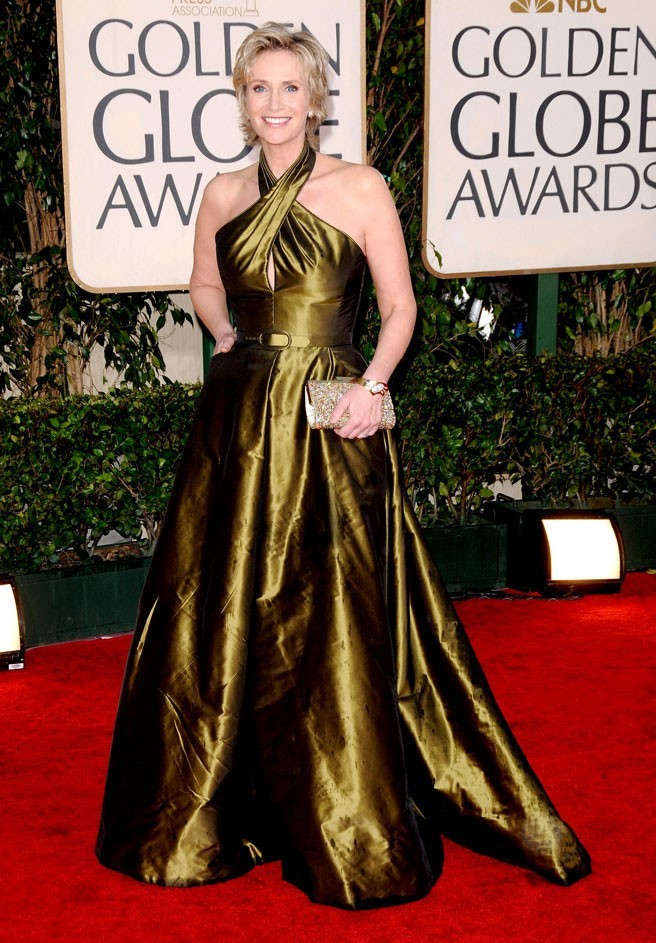 Les stars de Glee en mode glamour : la robe longue satinée de Jane Lynch