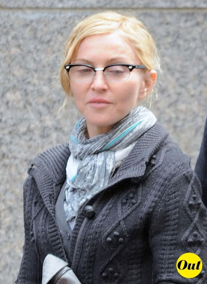 Les lunettes de vue tendance Wayfarer de Madonna