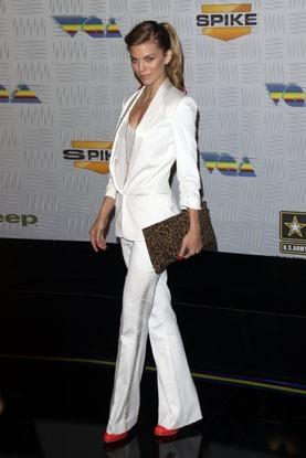 Annalynne McCord, ultra glam et chic