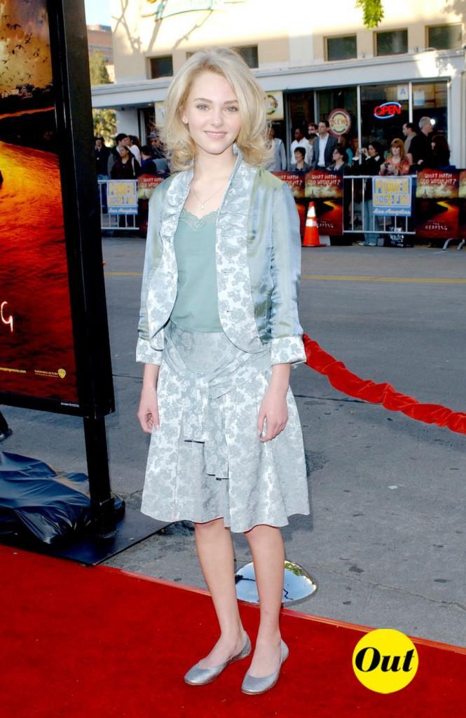 Looks d'AnnaSophia Robb: découvrez son CV Fashion !