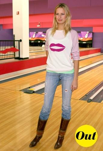 Une tenue sympa pour une soirée bowling, mais quand on a 14 ans !
