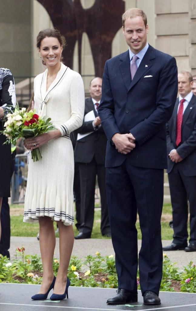 Kate Middleton le 4 juillet 2011 au Canada : une robe crème Alexander McQueen