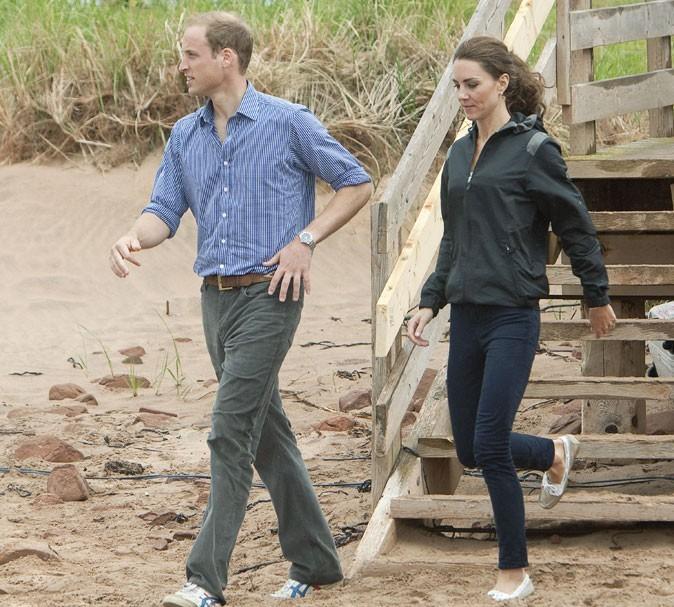Kate Middleton le 4 juillet 2011 au Canada : une veste Nike et des chaussures bateau Sebago
