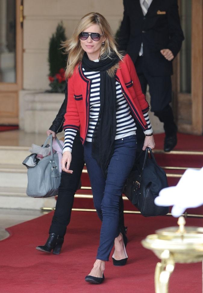 Looks de Kate Moss : marinière, slim et ballerines en mars 2010