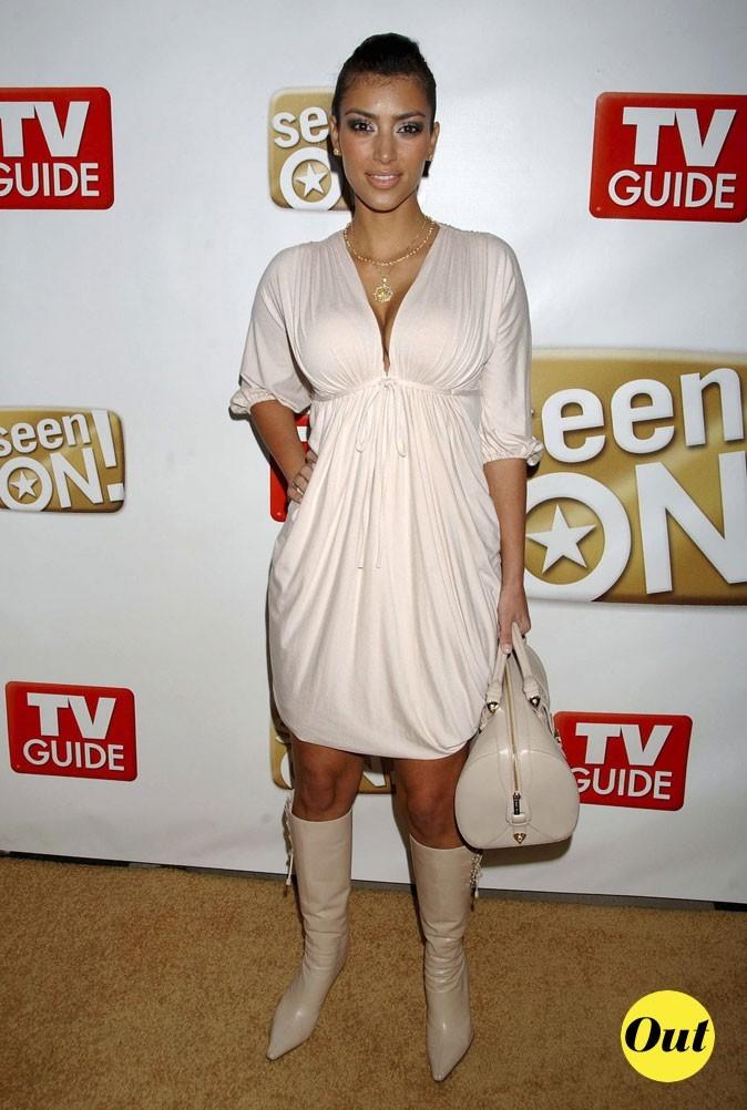 Look de Kim Kardashian : une robe fluide couleur crème en 2006
