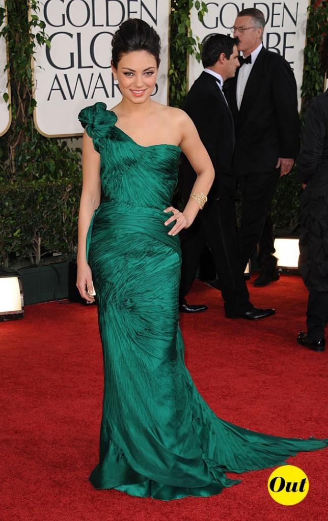 La robe verte asymétrique Vera Wang de Mila Kunis en Janvier 2011 !