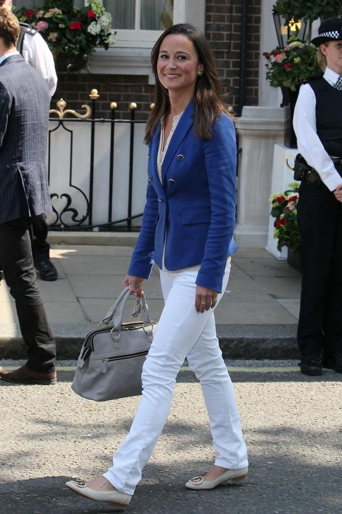 La veste Zara de Pippa Middleton en avril 2011