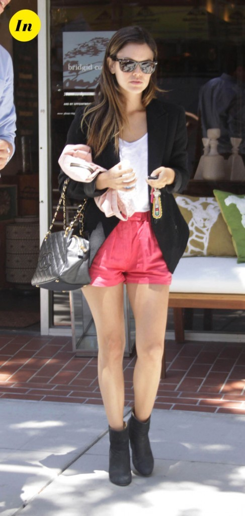 La veste de tailleur et le bloomer corail de Rachel Bilson en Juillet 2011 !