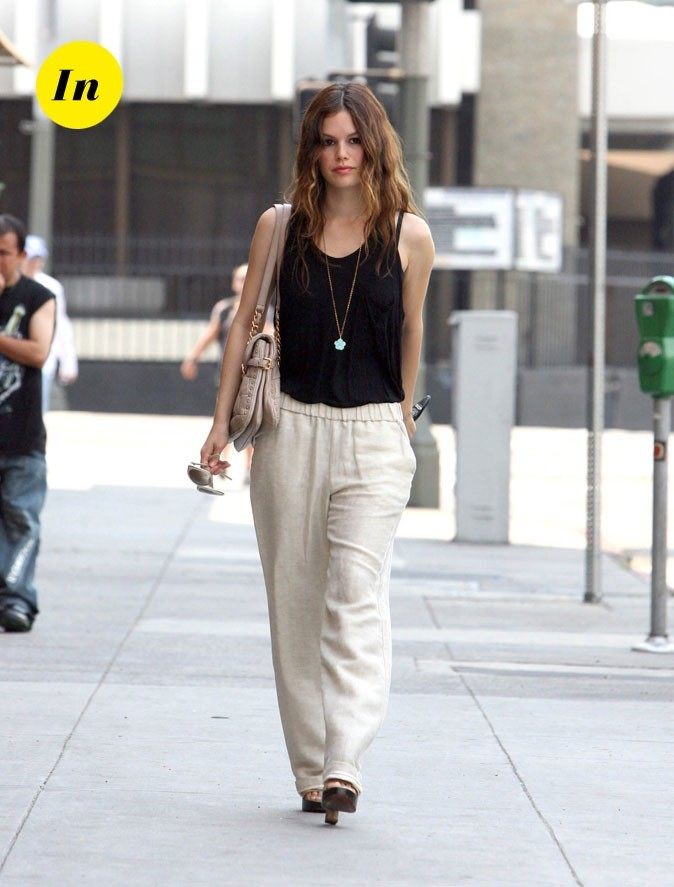 Le pantalon beige fluide de Rachel Bilson en Septembre 2009 !