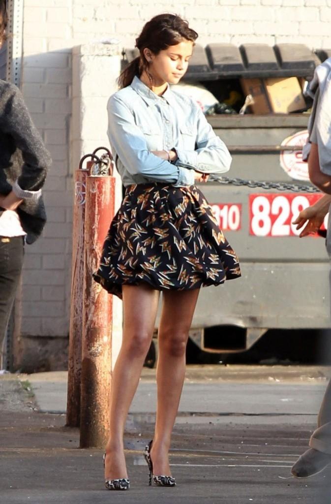 Septembre 2011: Chemise en jean et jupe boule