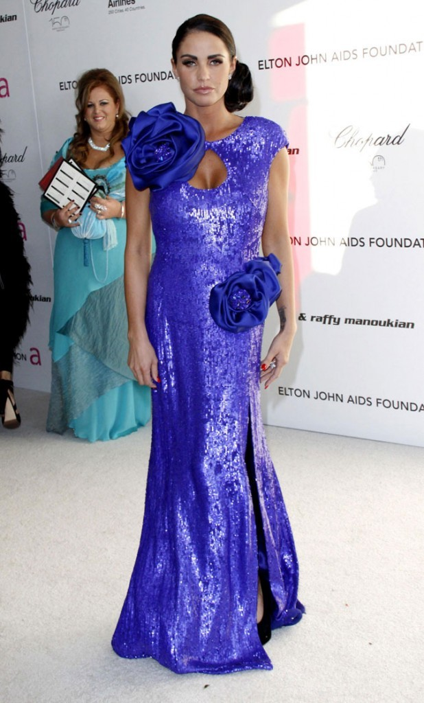 La robe longue à sequins violets de Katie Price !