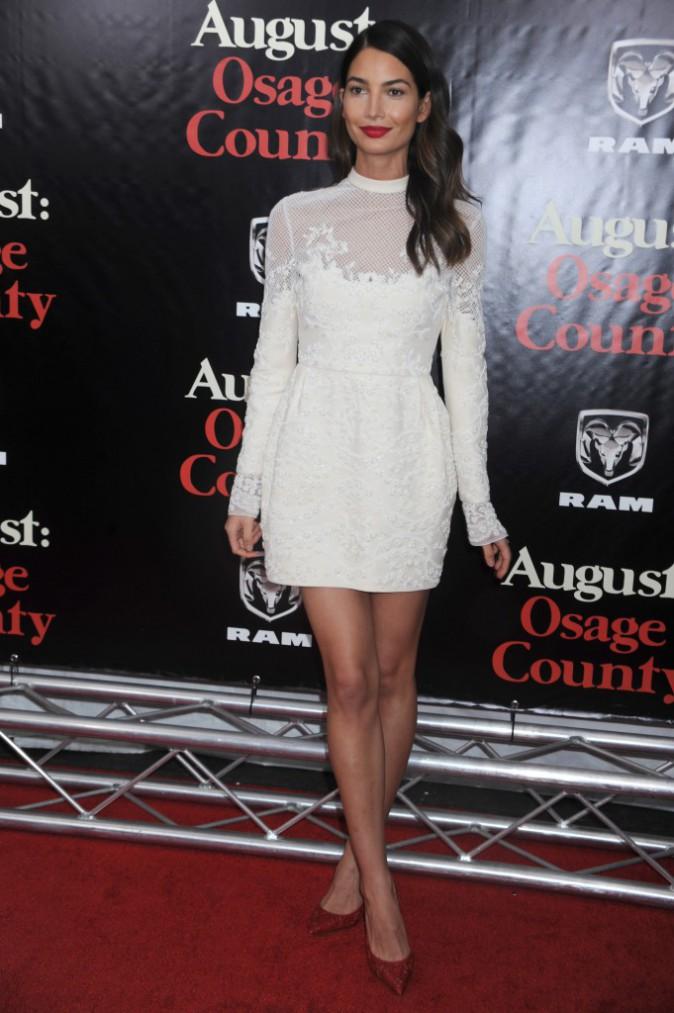 C'est black or white pour le CV fashion de Lily Aldridge !