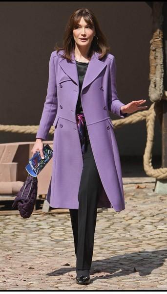 Carla en ultra-violet !