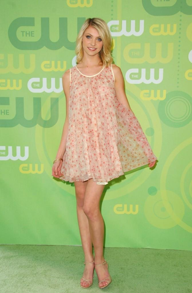 La mini-robe fleurie en voile de Taylor Momsen en Mai 2008 !