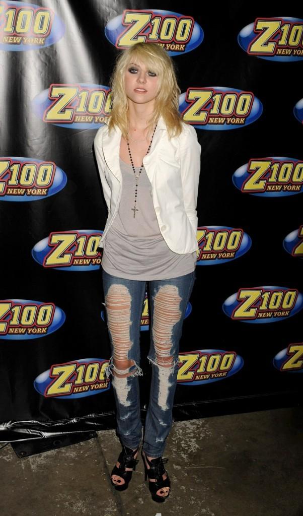 Le jean lacéré de Taylor Momsen en Mai 2009 !
