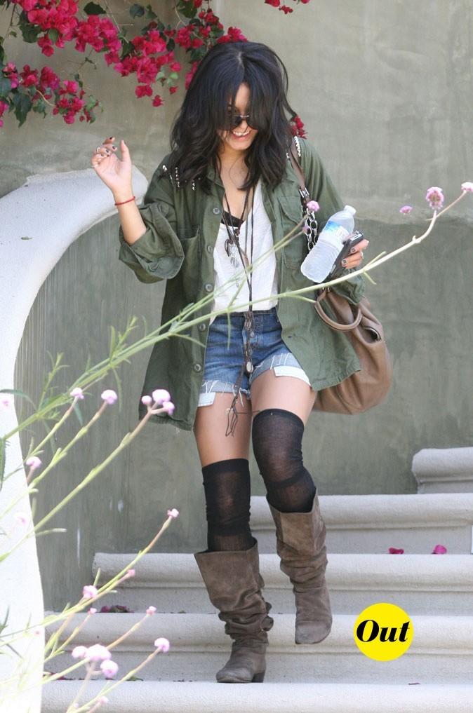 Le look hippie (moins) chic de Vanessa Hudgens en Mai 2011 !