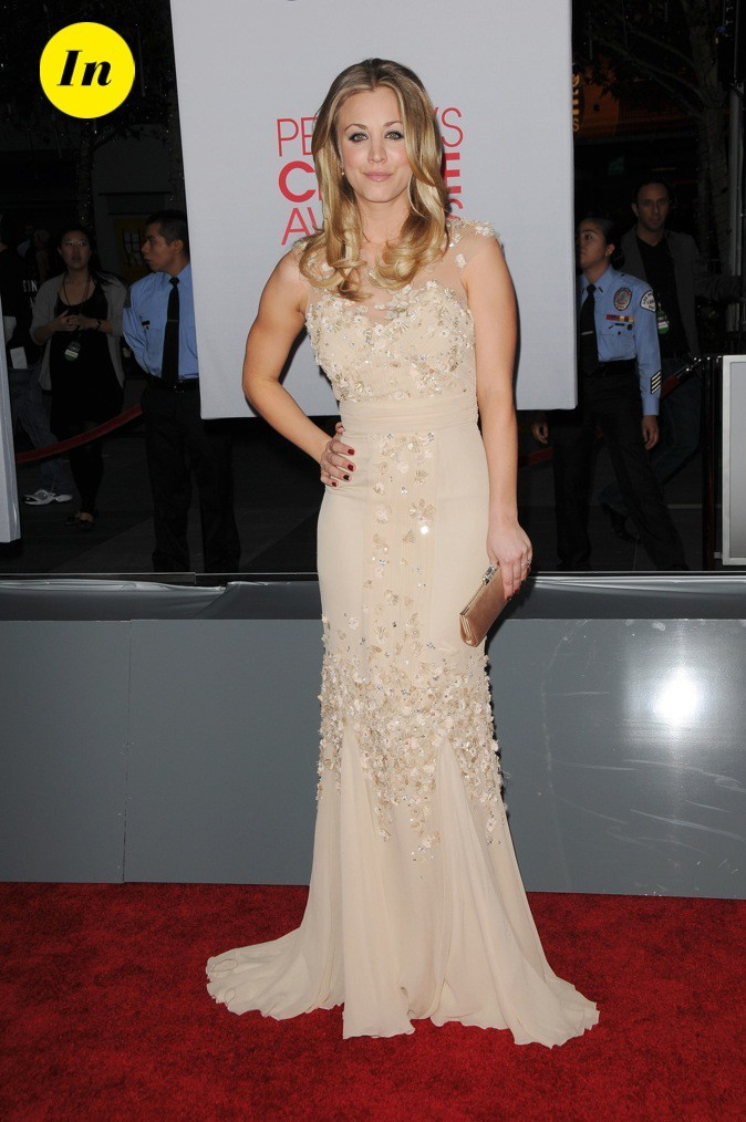 En Badgley Mischka, Kaley Cuoco (The Big Bang Theroy) est absolument sublime