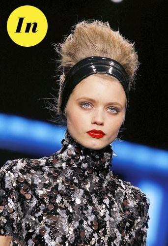 Coiffure tendance hiver 2011 : le bandeau dans les cheveux