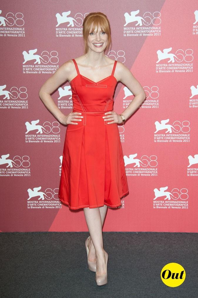Mostra de Venise 2011 : la petite robe rétro rouge de Jessica Chastain