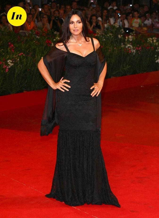 Mostra de Venise 2011 : la robe longue noire de Monica Bellucci