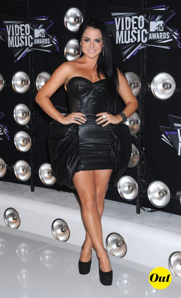 Le look de Jojo aux MTV Video Music Awards 2011 : une robe noire en cuir Marco Marco