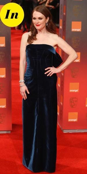 Photos : BAFTA Awards 2011 : la robe longue Tom Ford de Julianne Moore
