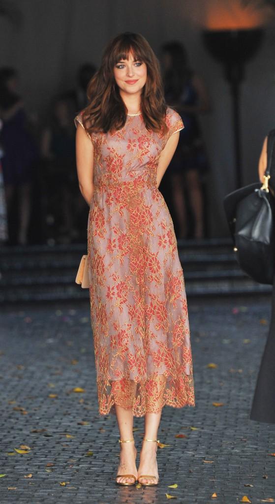 Photos : Dakota Johnson : découvrez le CV Fashion de l'héroïne de Fifty Shades Of Grey !
