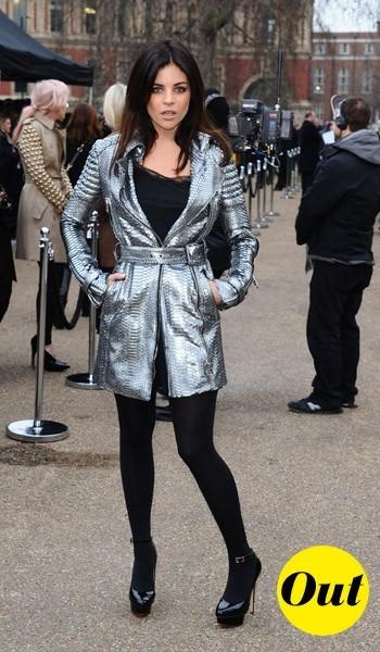 Julia Restoin-Roitfeld à la sortie du défilé Burberry Prorsum