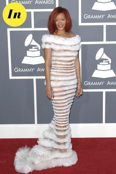 Photos : Grammy Awards 2011 : la robe Jean Paul Gaultier de Rihanna
