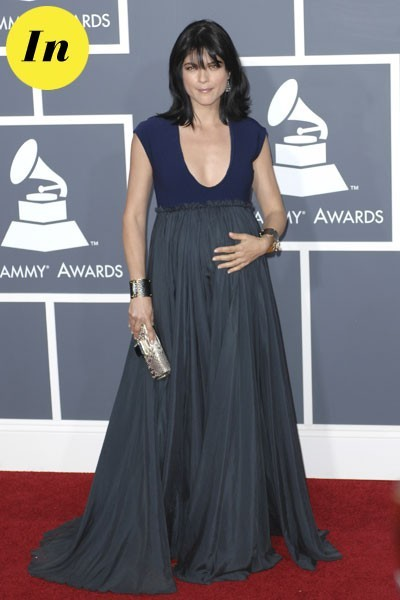 Photos : Grammy Awards 2011 : la robe Lanvin de Selma Blair