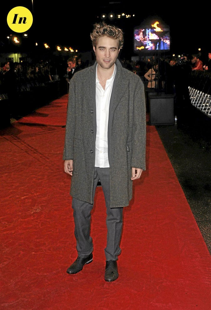 Le look manteau long de Robert Pattinson en 2009