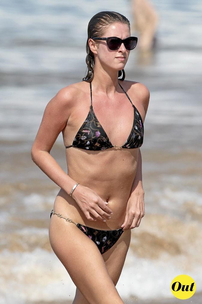 Photo : le maillot de bain BCBG de Nicky Hilton à la plage !