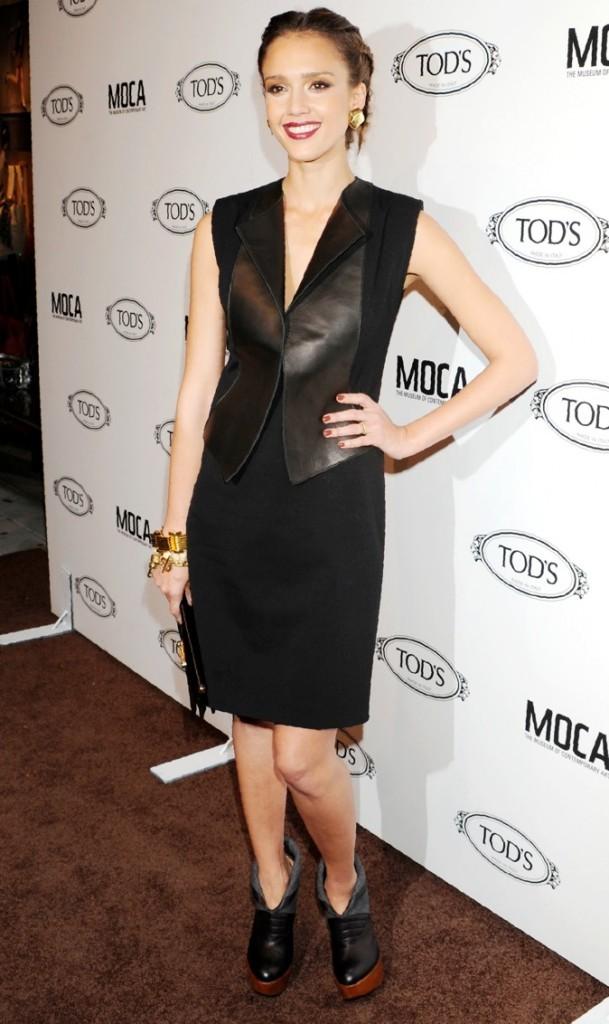 Jessica Alba à l'ouverture de la Boutique TOD à Los Angeles, 2010