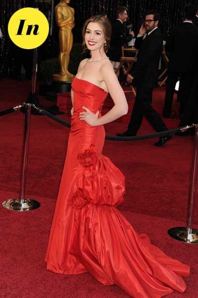 Oscars 2011 : la robe Valentino d'Anne Hathaway