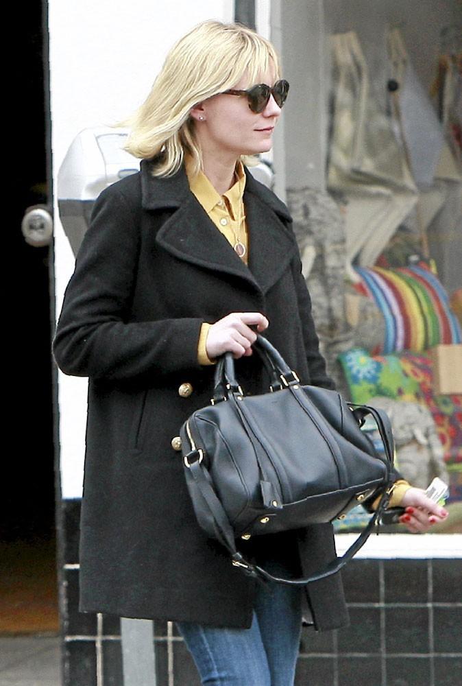 Kirsten Dunst ne sort plus sans son it bag Sofia Louis Vuitton
