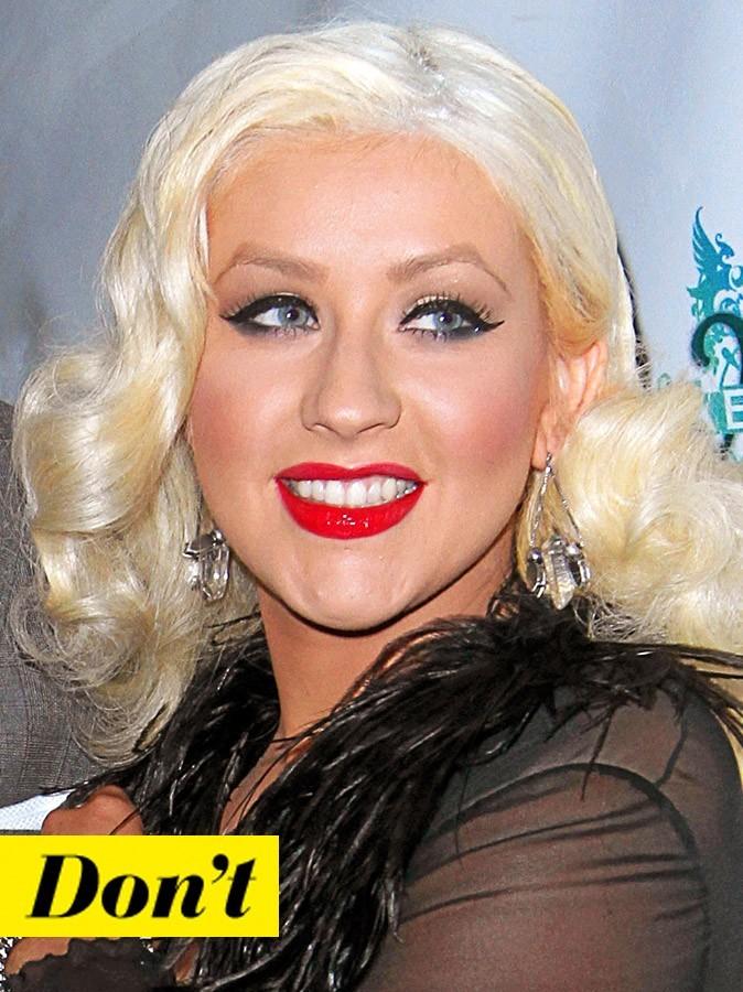 Coiffure de star : le brushing rétro tendance 50's de Christina Aguilera