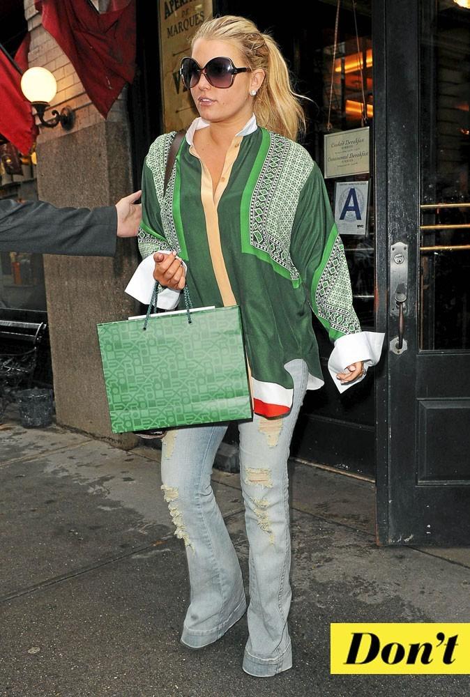 Look de star : la tunique Céline de Jessica Simpson