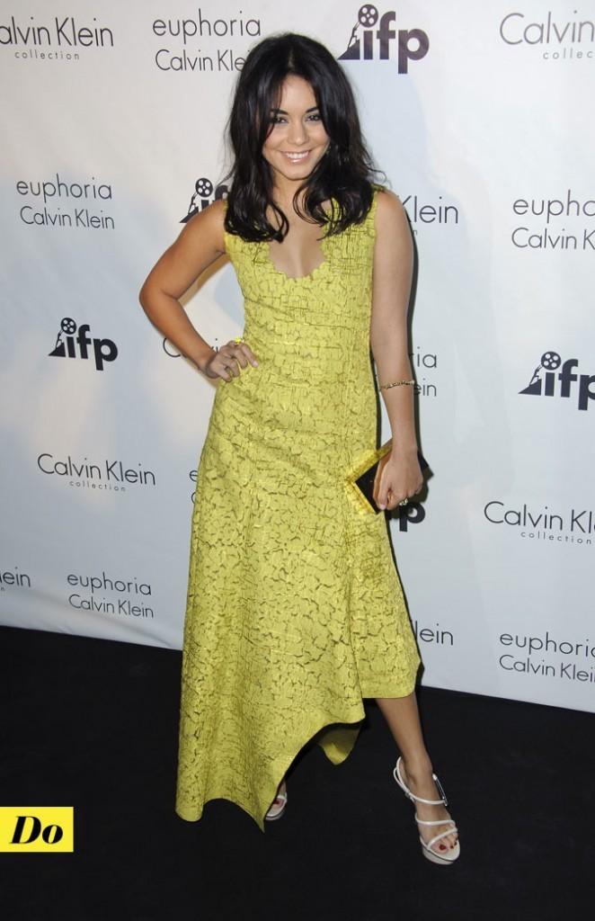 Look de star : la robe longue jaune citron de Vanessa Hudgens