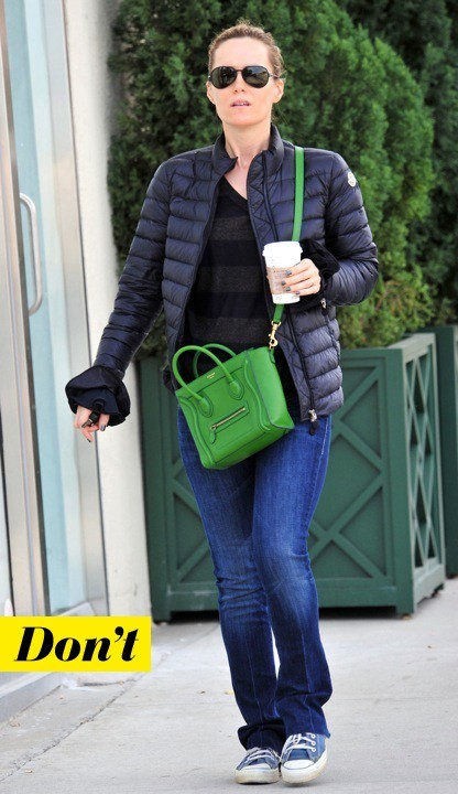 Leslie Mann et son Luggage de Céline, version nano