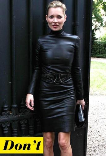 Kate Moss et sa robe en cuir moulante beaucoup trop moulante