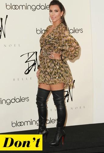Kim Kardashian et ses cuissardes en cuir