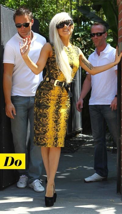 Chic et sexy la robe Versace de Lady Gaga !