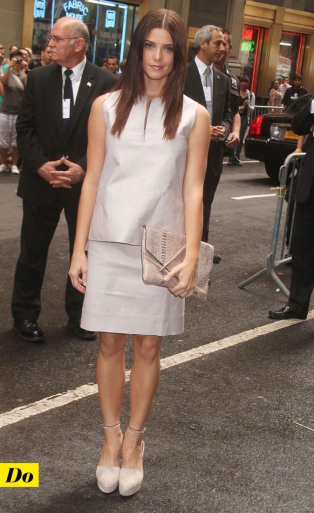 Mercedes-Benz Fashion Week 2011 : Ashley Greene lors du défilé Calvin Klein !