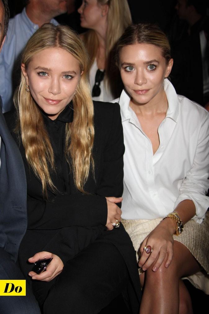 Mercedes-Benz Fashion Week 2011 : les soeurs Olsen lors du défilé J. Mendel !