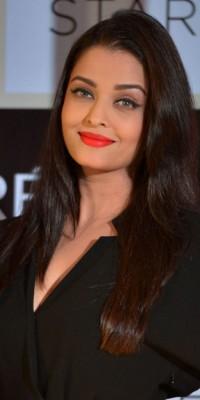 Aishwarya Rai : on copie son beauty look sophistiqué !