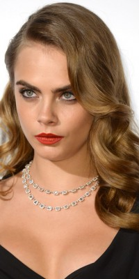 Cara Delevingne : on copie son beauty look super glamour !