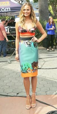 Chrissy Teigen : une beauté exotique !
