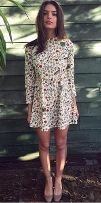 Emily Ratajkowski : un look de petite fille modèle !