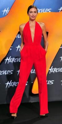 Irina Shayk : une James-Bombe girl pour la première d'Hercule !