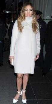 Jennifer Lopez : où shopper son look en moins cher ?